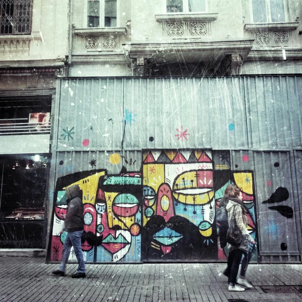 Nos miran #istanbul #istiklal #graffiti